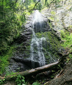 yalyn waterfall