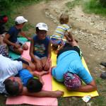 дети на привале